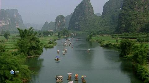 http://www.ivolgatour.com/files/admin/elfinder/files/foto/Vietnam/mekong.jpg