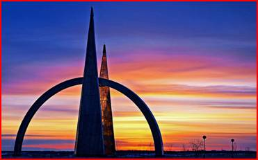 http://turizm-puteshestvuem.ru/wp-content/uploads/2015/01/puteshestvie-na-yamal-piramida-polyarnyi-krug.jpg